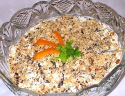 salat iz shampinjonov s greckimi orehami recept