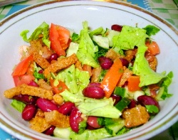 salati s suharikami recepti