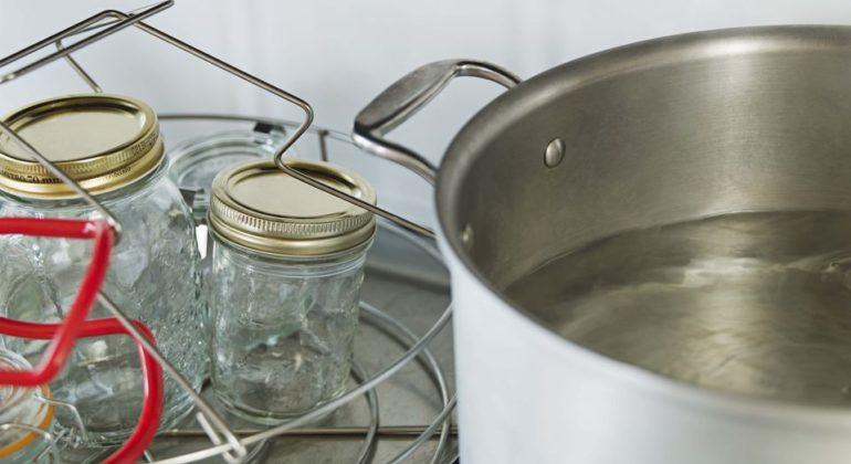 7 способов стерилизации банок ипочему это важно для домашних заготовок