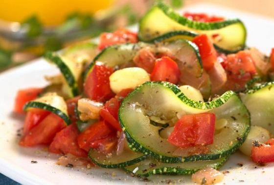 Кабачки с томатами
